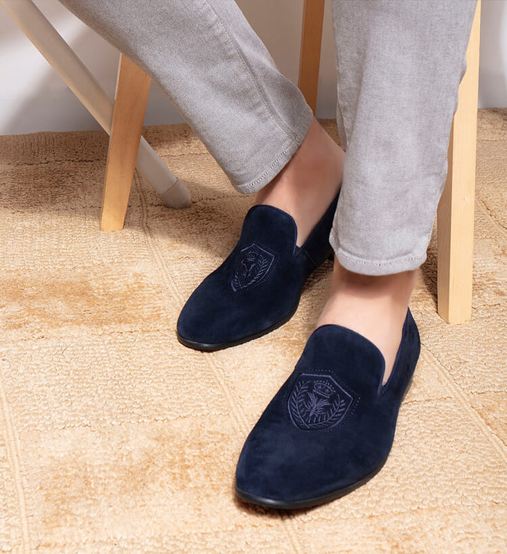 Buy shoes for men and women online from