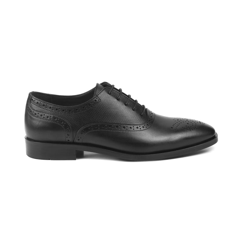 The Robert Black - Black Oxford laceups with brogue design - Tresmode