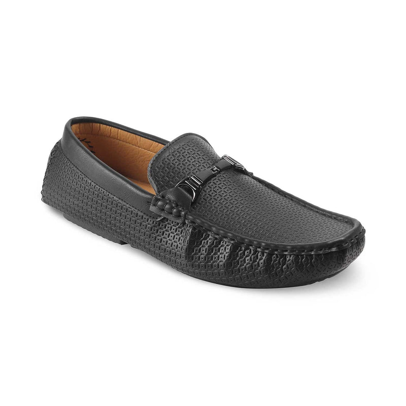 The McArthur-1 Black textured loafers for men
