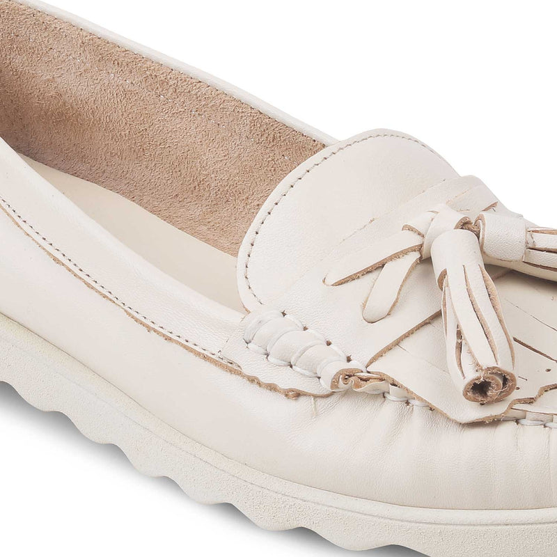 The Skyler White - White Tassel loafers with shimmer body - Tresmode