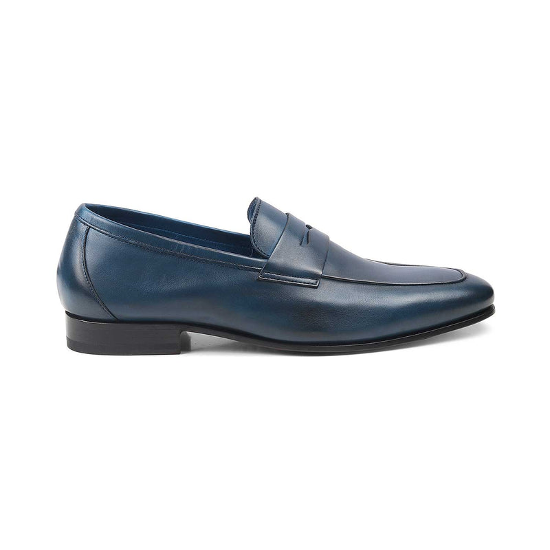 The Pietro Blue Penny loafers with apron toe