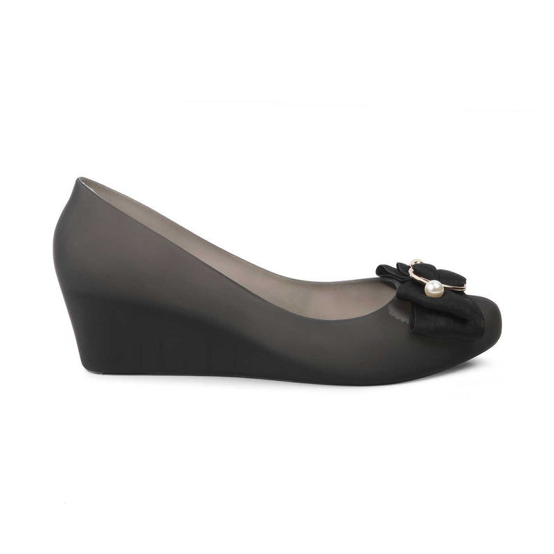 The Zooloo Black Wedge heel ballerinas