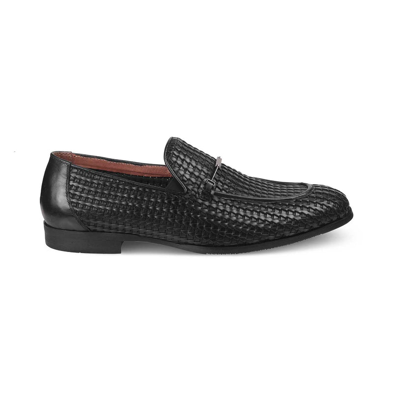 The Trevor Black Textured loafers buckle detail