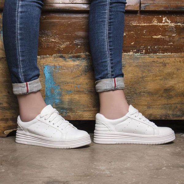 The Ana White Classic Sneakers