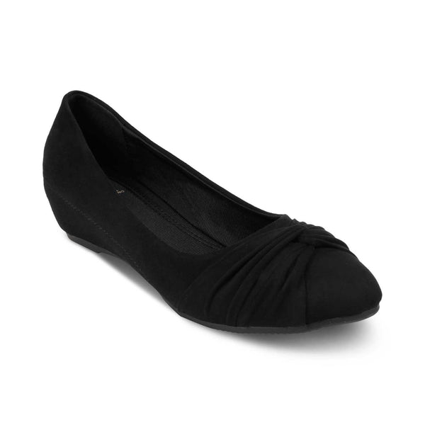 The Salvador Black Wedge heel ballerinas
