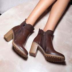 The Janice Brown - Brown Ankle-length Boots with Block Heels - Tresmode