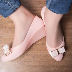 The Zoogamo Pink Wedge heel ballerinas