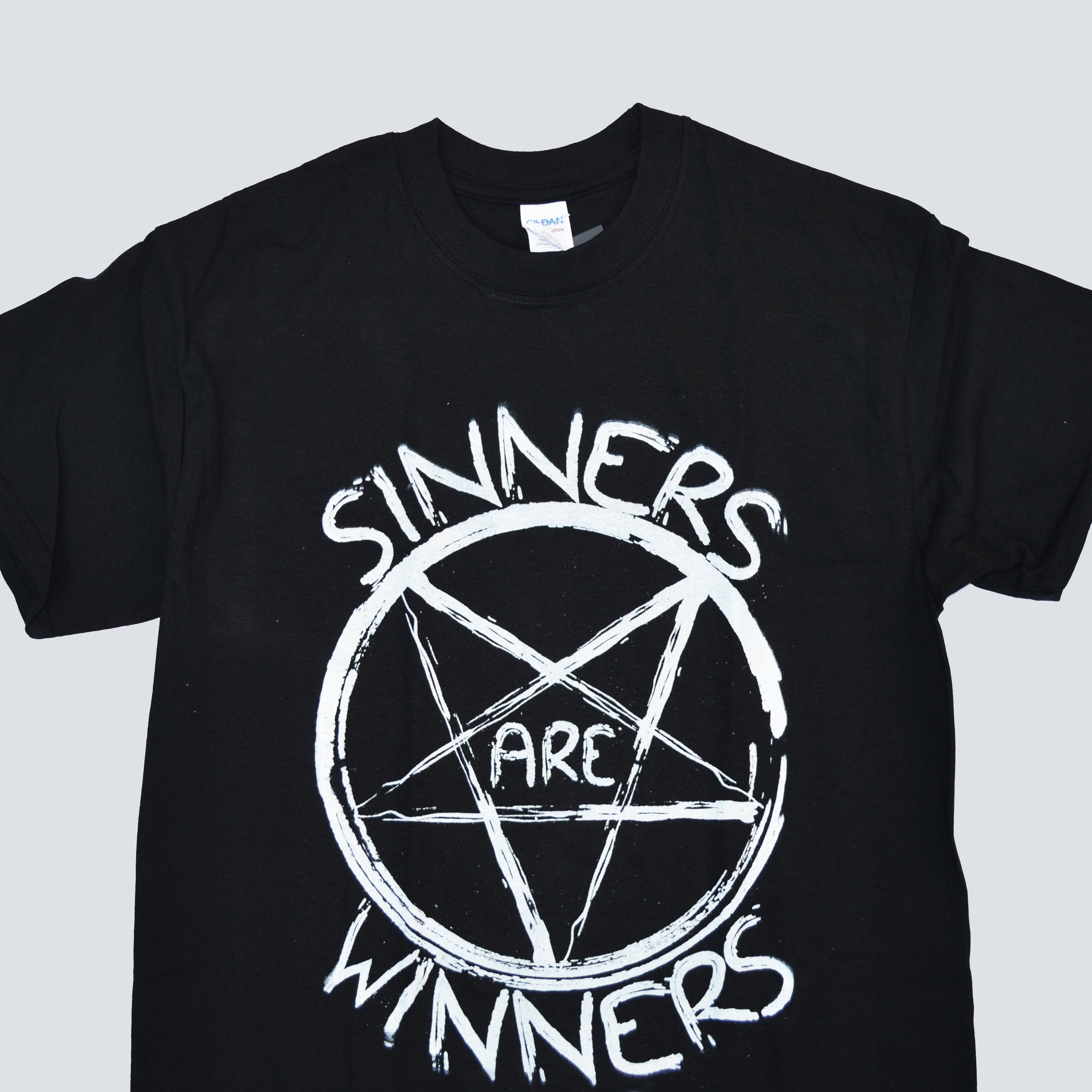 HAHAYULE Sinners Are Winners Unisex 90s Grunge Gothic Black T-Shirt Hipsters Satanic Graphic Tee