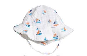 Sunhat in Simple Boats