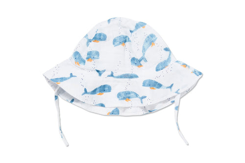Sunhat in Baby Whales