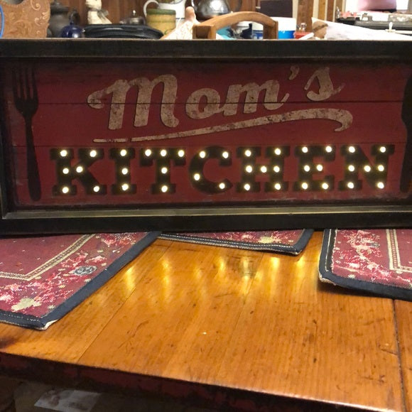 Mom's Kitchen Light Up Sign