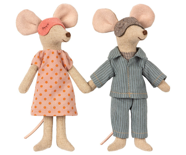 Mum & Dad Mice in a Cigar Box - Mumzie's Children