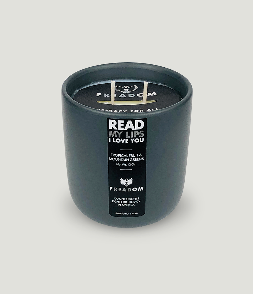 """READ My Lips, I LOVE YOU"" Candle"