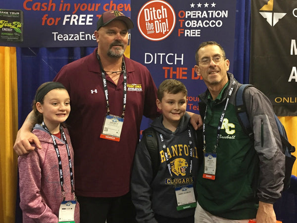 "David ""Boomer"" Wells Helps Players and Coaches Quit Dipping at the 2017 American Baseball Coaches Association Convention"