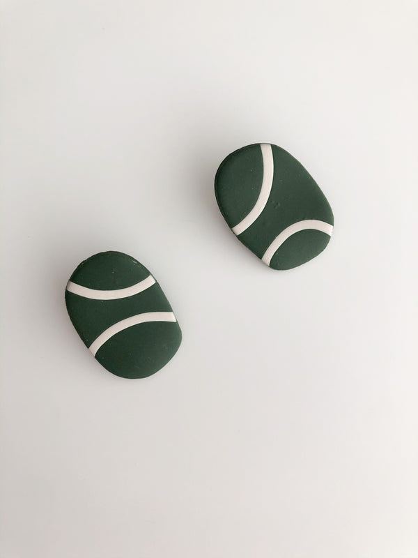 The Pebble in Malachite & Alabaster