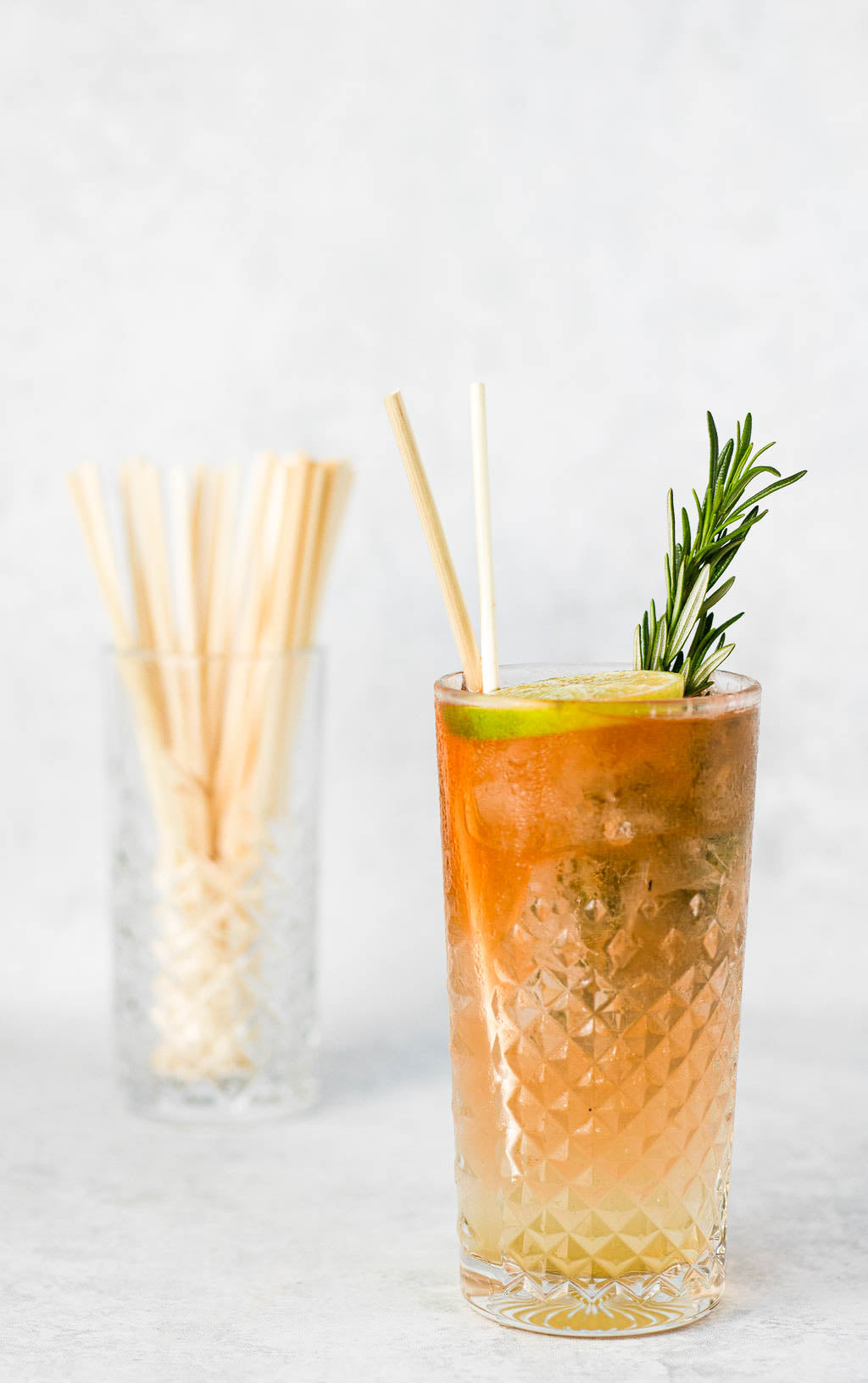 blue marche wheat straws in 20 cm long drinks