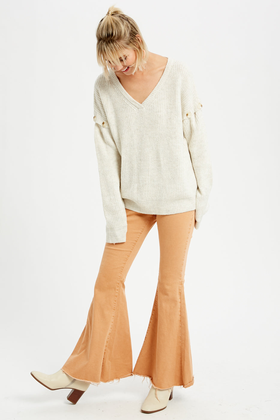 TWO TONE BUTTON ARMHOLE PULLOVER KNIT SWEATER (Oatmeal)