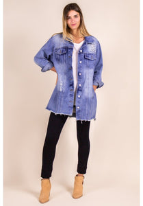 OVERSIZED DENIM JACKET WITH RAW HEM
