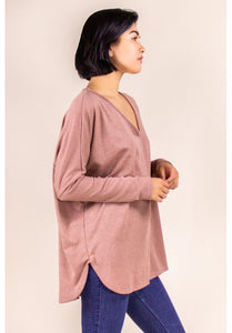 HACCI V-NECK LONG SLEEVE TOP IN MAUVE PALE