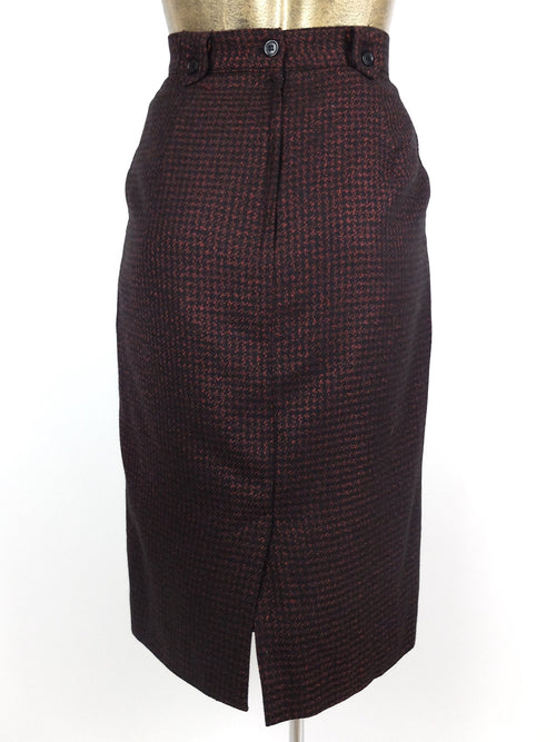 60s Mod Red and Black Houndstooth High Waisted Below-the-Knee Wool Pencil Skirt