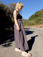 80s Prairie Style High Waisted Button Down Check Print Full Circle Maxi Skirt with Pockets