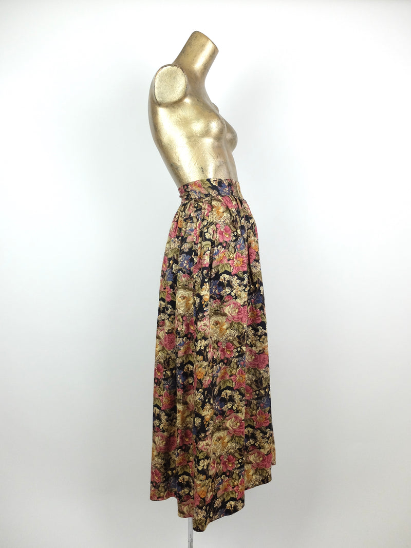 80s Romantic Bohemian Floral Print High Waisted Fit and Flare Maxi Skirt with Pockets