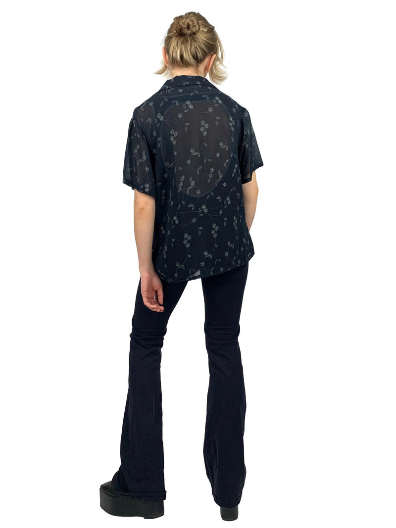 Vintage 90s Y2K Sheer Black Floral Short Sleeve Collared Button Up Blouse