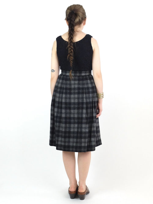 50s Mod Style Black and Grey Check Print High Waisted Snap Button Down Pleated Circle Below-the-Knee Midi Skirt