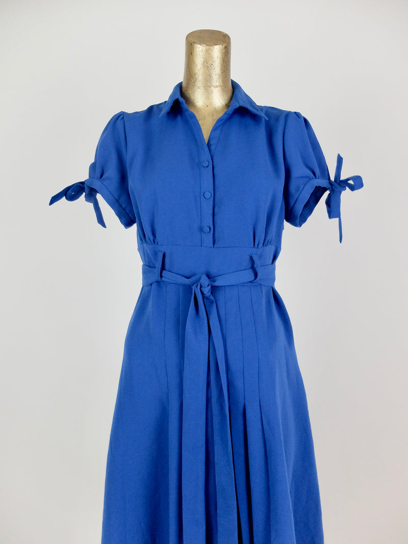 80s does 50s Pinup Style Puff Short Sleeve Bright Blue Fit and Flare Collared Circle Midi Dress with Ties