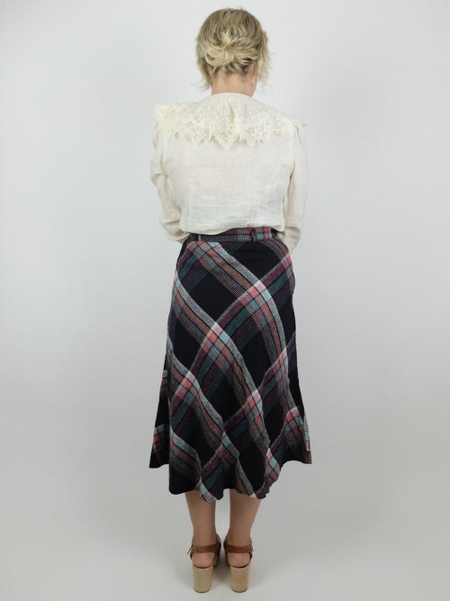 50s Mod Black and Pink Wool Tartan Argyle Check Print High Waisted Full Circle Midi Skirt