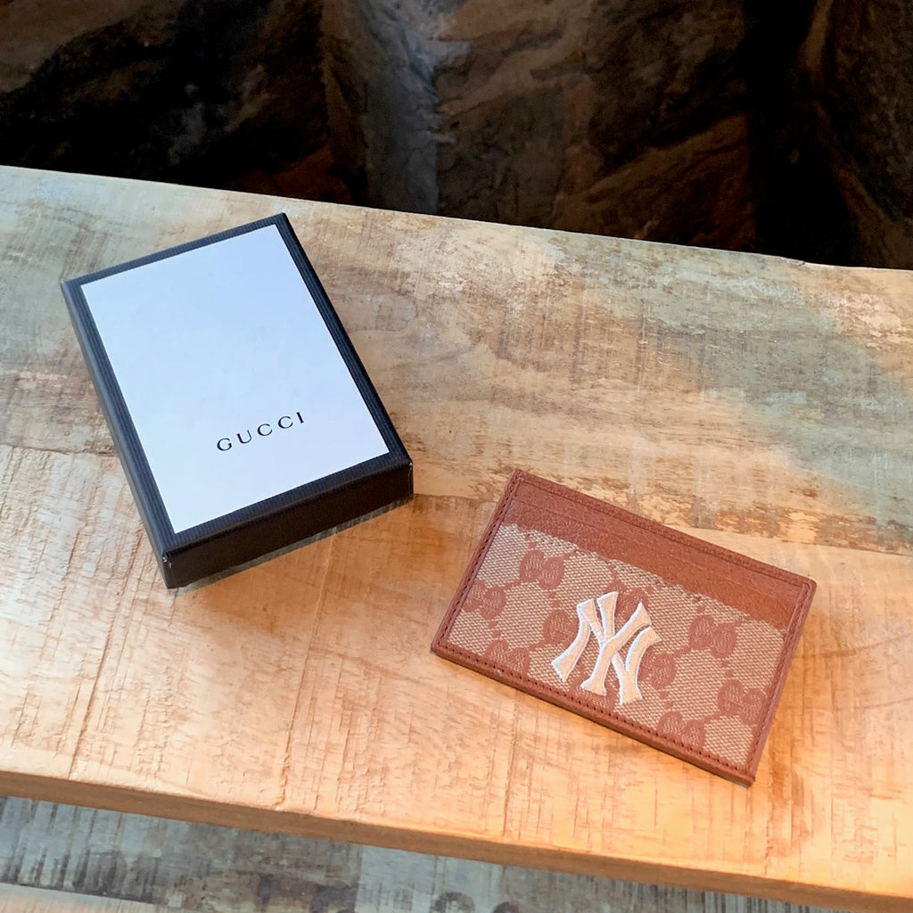 Gucci Beige NY Yankees Canvas GG Card Holder