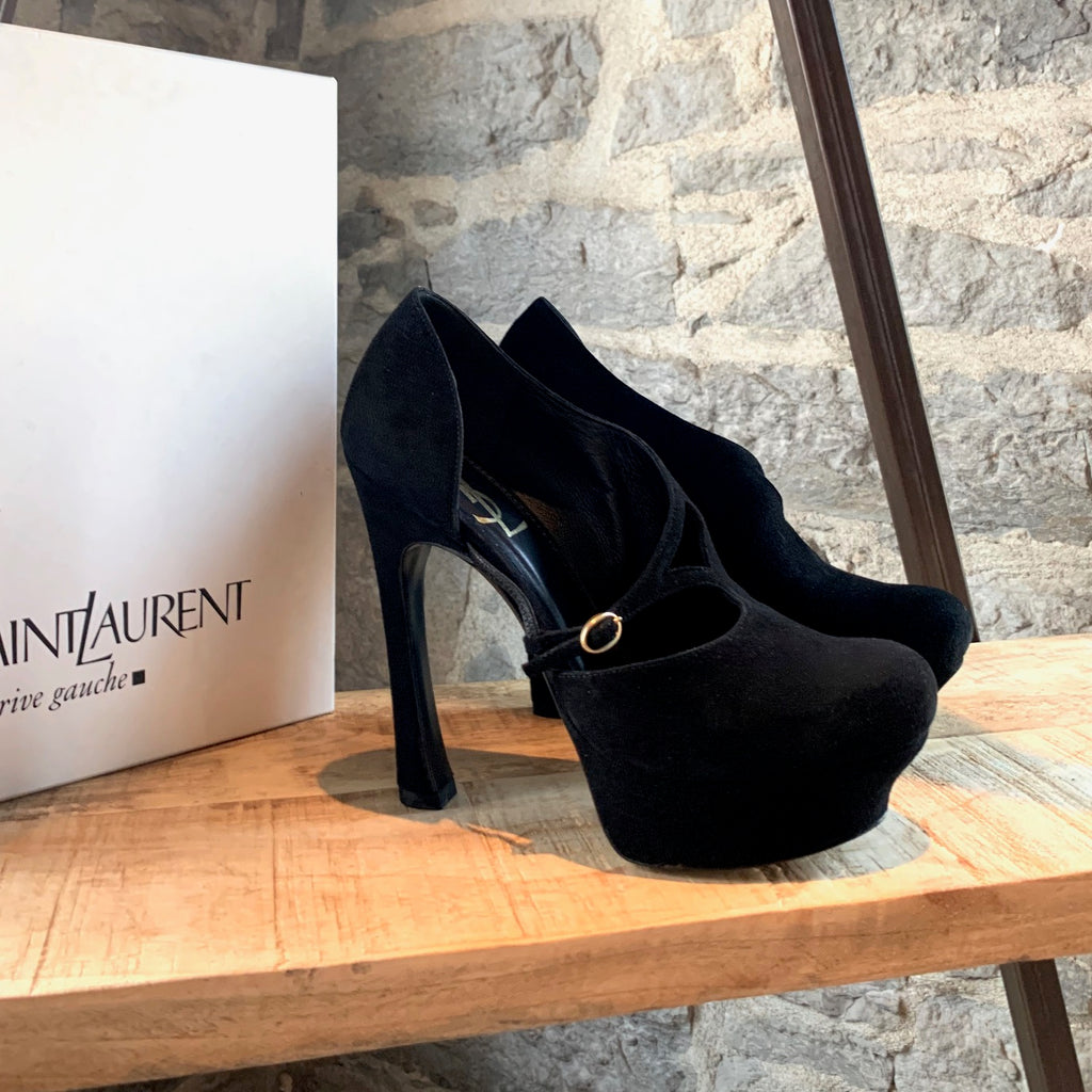 Yves Saint-Laurent Black Palais Pump