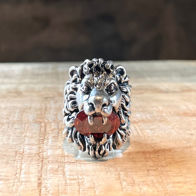 Gucci Lion Red Magma Crystal Stone Silver Ring