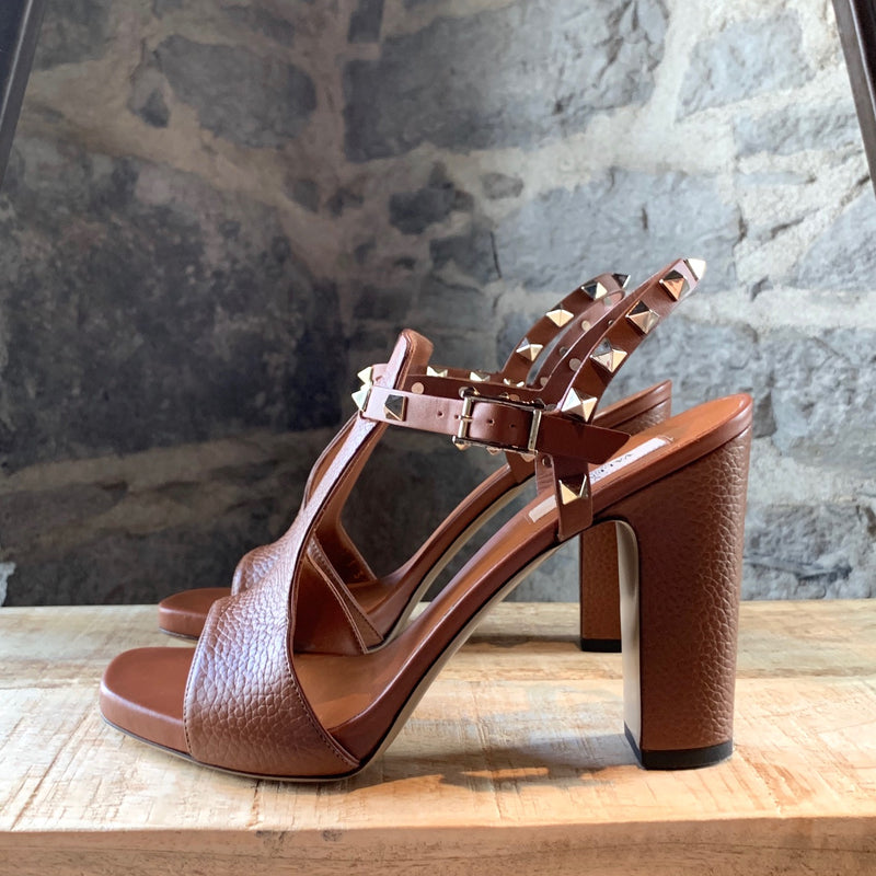 Valentino Rockstud Brown Calfskin Leather T-strap Sandals
