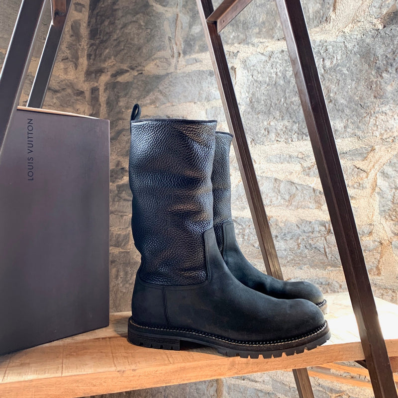 Louis Vuitton Black Leather Pull On Boots
