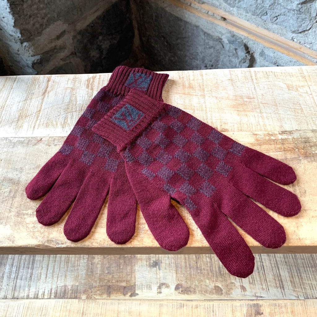Louis Vuitton Burgundy Wool Knit Damier Gloves