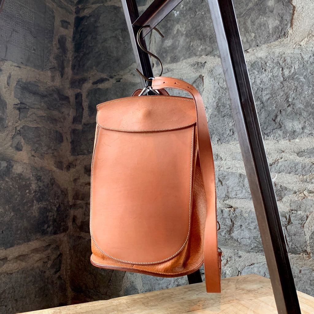 Hermès Vintage Tan Veau Natural Leather Sacoche Pour Selle Backpack