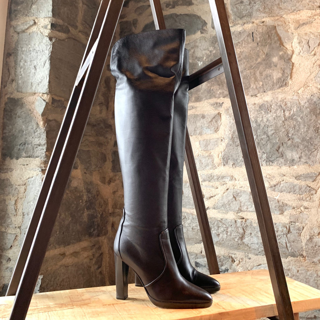 Hermès Brown Leather Knee-high Heeled Boots
