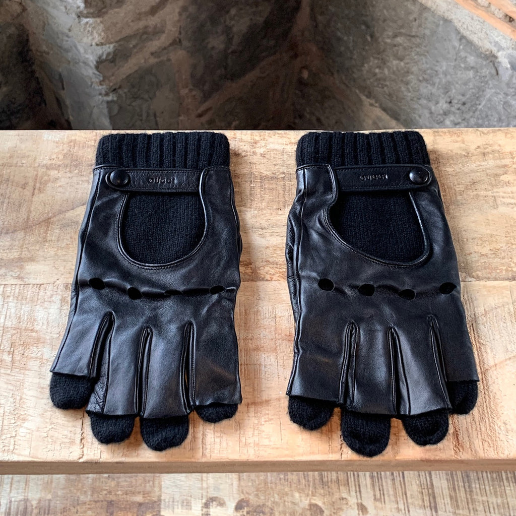 Gucci Black Lambskin Leather Gloves
