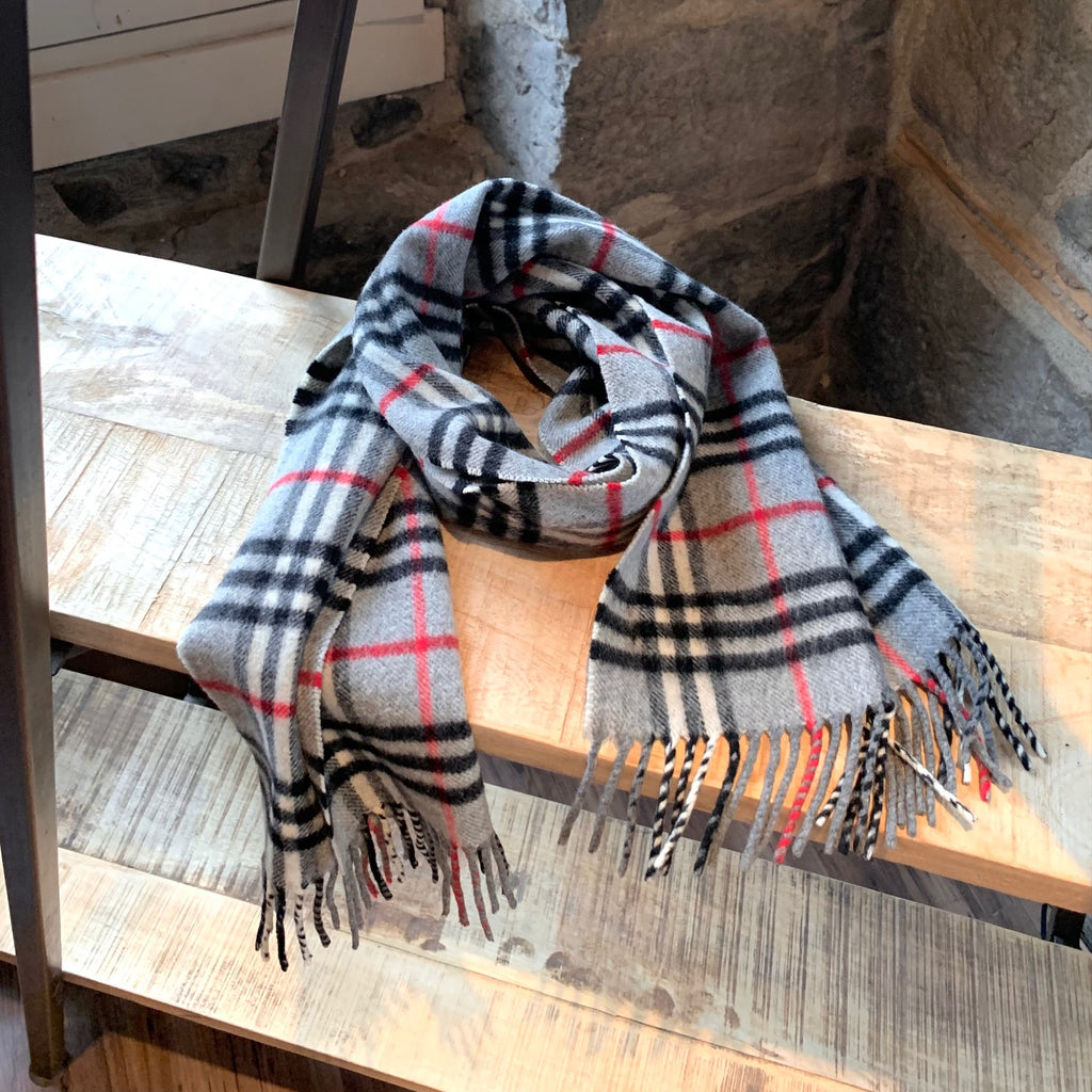 Burberry Vintage Iconic House Check Plaid Cashmere Grey Scarf