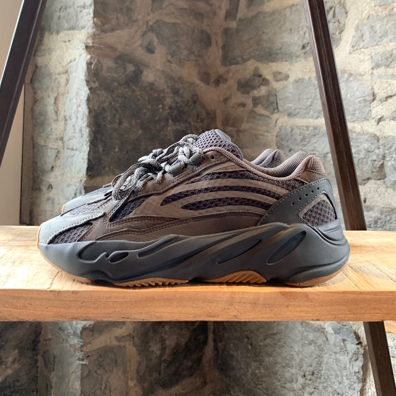 Adidas Yeezy 700 V2 Geode Sneakers