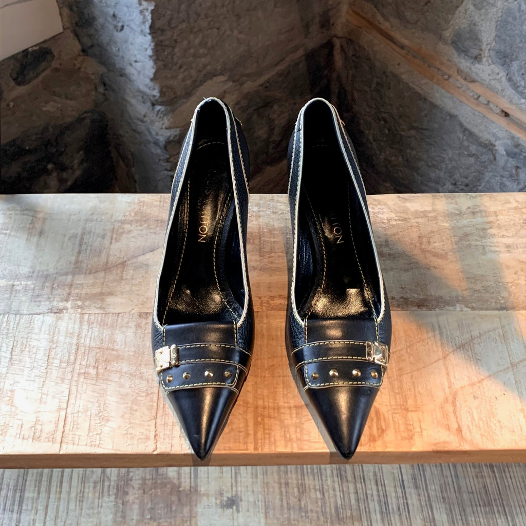 Louis Vuitton Black Leather Pointy Pumps