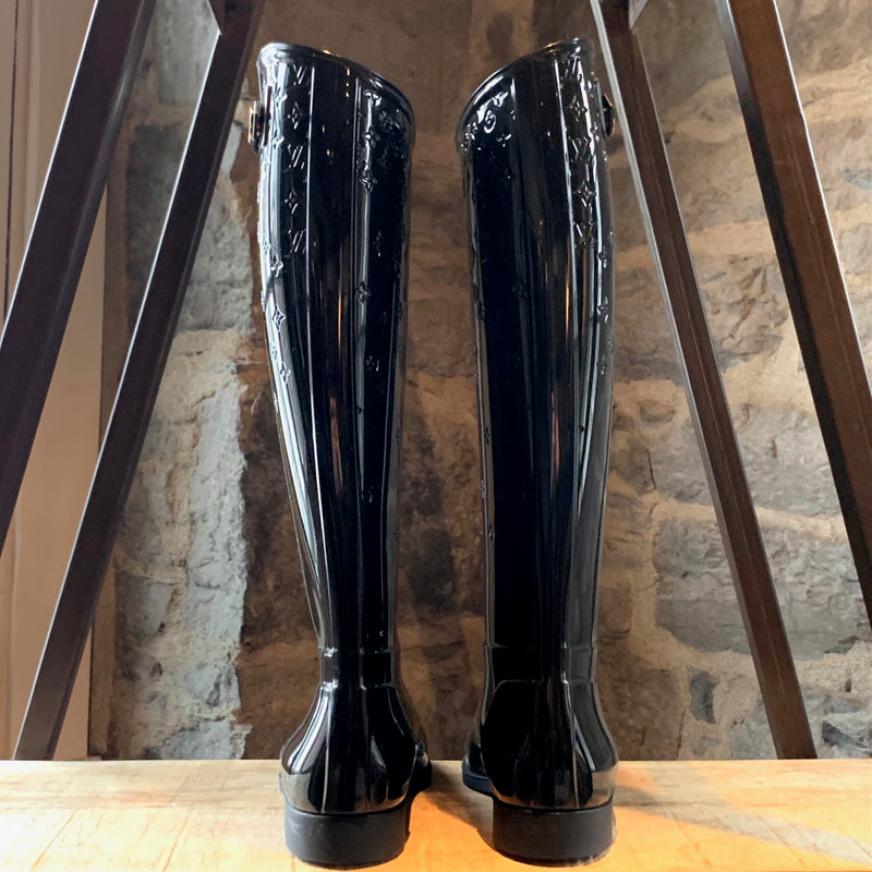 Louis Vuitton Black Rubber Drop Rainboots