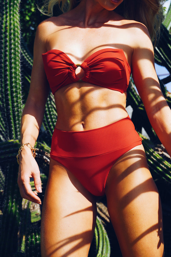 Morgana Red Ribbed Set