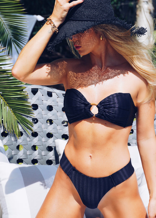 Morgana Black Ribbed Set