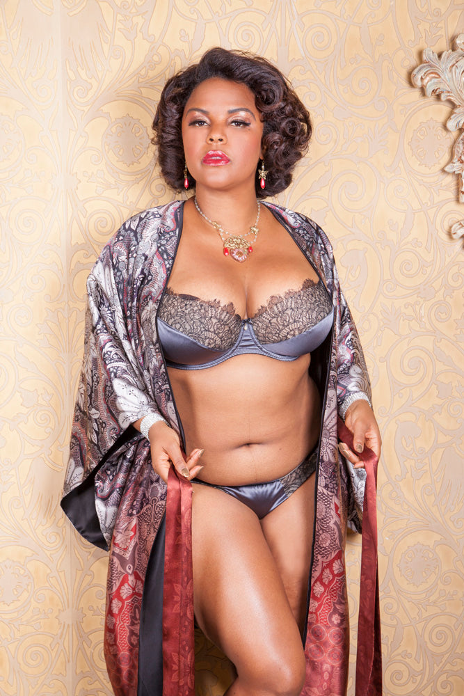 Harlow & Fox luxury silk robe and lingerie, curvy model Jenny Rieu