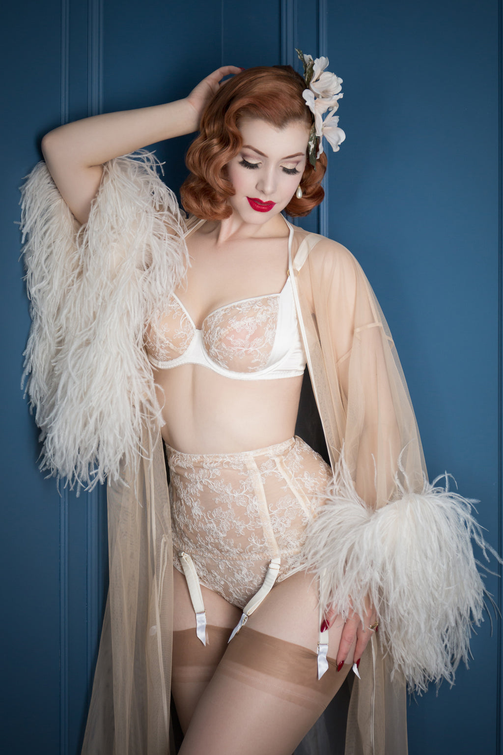 Vintage style sheer lingerie for DD - G cup bra sizes with feather robe