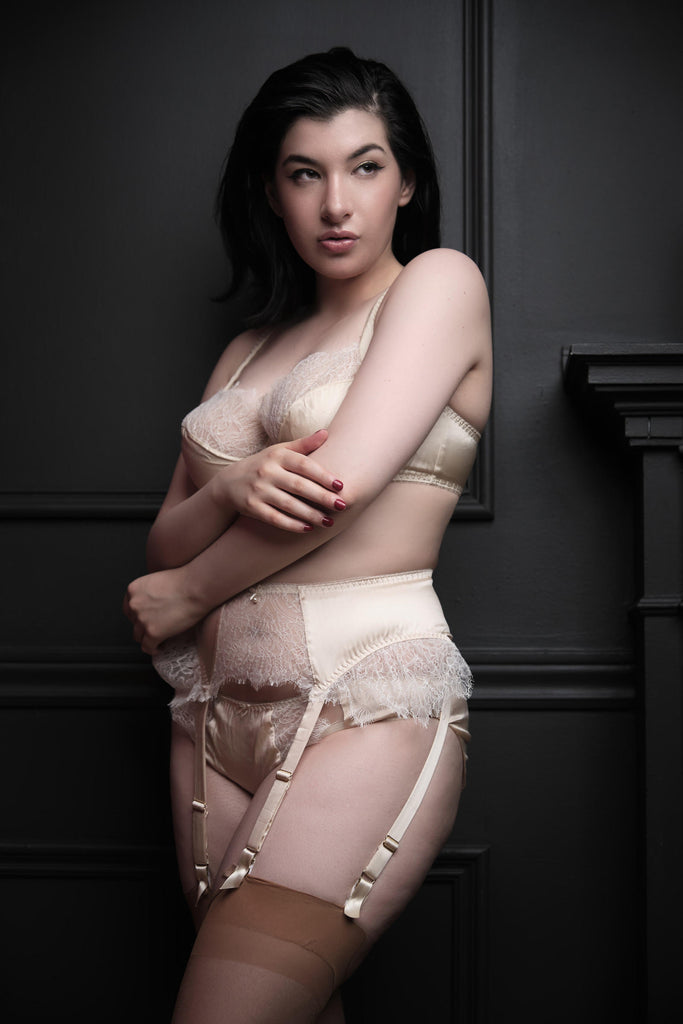 Eleanor Almond silk DD - G cup bra and lingerie worn by pinup model Holly Harlott