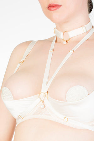 Alycya ivory pearl harness and choker