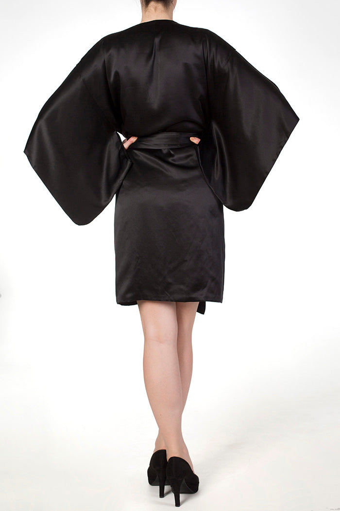 Cassiopeia black silk robe with double silk lining and wide kimono sleeves